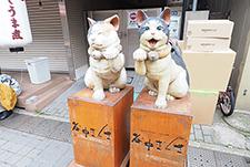 谷中銀座 ネコの彫刻