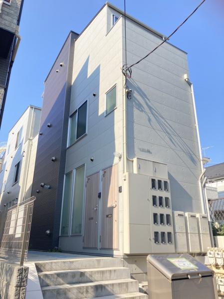 一棟アパート北区西ケ原1丁目 一棟アパート東京都北区西ケ原1丁目JR山手線駒込駅1億8200万円